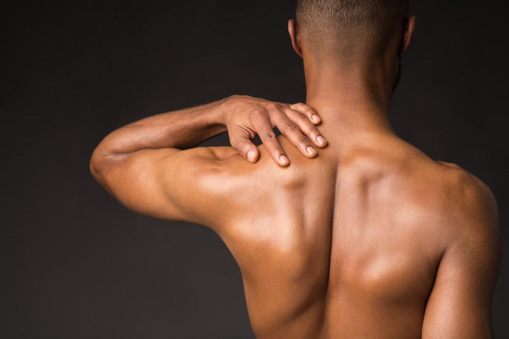 درد پشت قفسه سینه نشانه چیست ؟